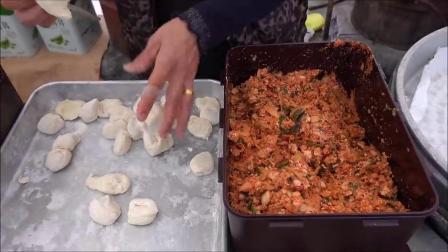 韩国街边小吃,老师傅做鱼饼的手法我能看一天,看着真过瘾