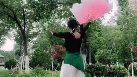 太湖美扇子舞