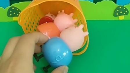 小猪一家都进去吧,可是这个篮子太小了,猪爸爸都进不去了