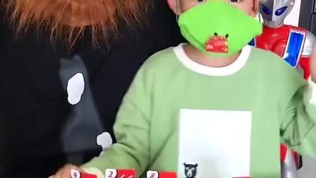 亲子游戏:小宝贝玩游戏耍赖