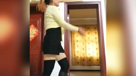 少妇广场舞1