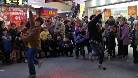 刘卓,向丹《告白气球》2020.12.06