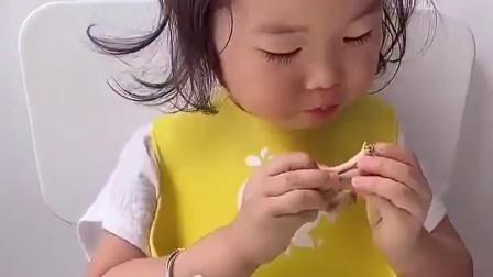 灿烂童年:吃饭机器开始工作啦!