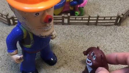 熊大喊嘟嘟放风筝,结果嘟嘟不见了!
