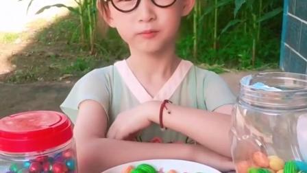 童年趣事:姐姐牙疼不能吃糖了