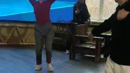 维吾尔族舞蹈精彩对跳视频二(2020..12.28)