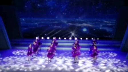 """第五届""""小城艺术周"""",圆梦艺术团表演排舞""""大鱼""""视频"""