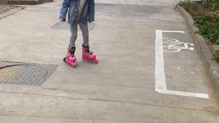 20年睿茜学习轮滑