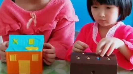童年的记忆:妹妹想要姐姐的玩具太坏了