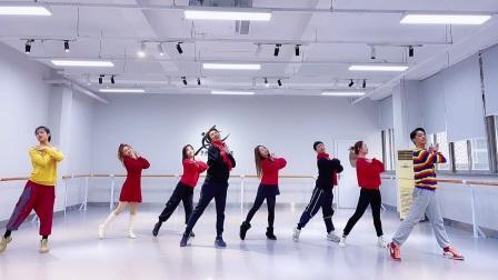 奕辰舞蹈 祝大家新年快乐!万事如意 健康平安!
