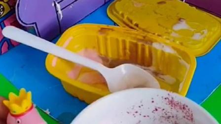 乔治吃雪糕,还说很好吃,猪妈妈看到会让他吃吗?
