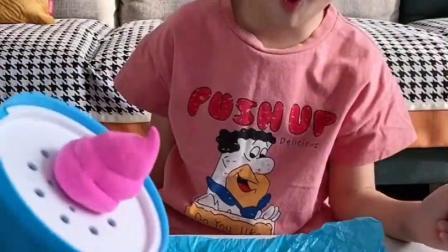 趣味童年:猪八戒被整了呀!