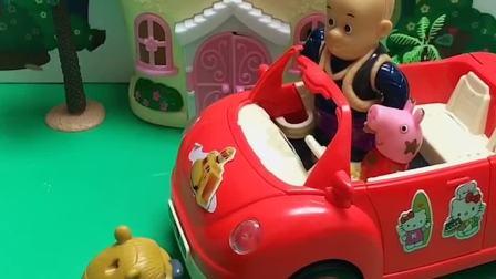 佩琪开着小汽车来了,它邀请小伙伴们坐车,但佩琪说它们都坐不进去