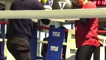 拳击旋转肩膀后背发力重拳打盾靶MARK BOXING北京拳击刘教练2021.1.17郭天涌