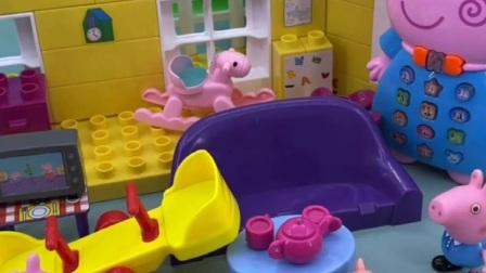 小猪佩奇糖果,小猪佩奇一家去游乐园玩