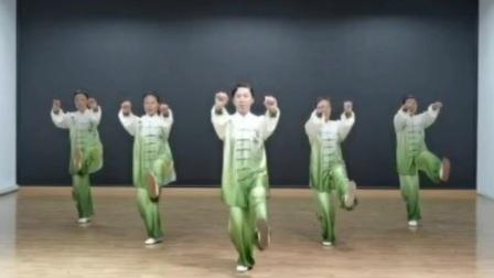 曾卫红老师五禽戏班同学表演