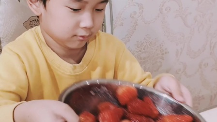 自制草莓雪糕