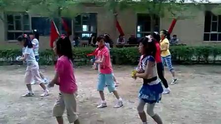 小学六年级舞蹈日不落