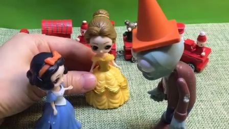 僵尸想让贝儿做自己的新娘,贝儿却叫来了白雪 ,小朋友们该怎么办呢?