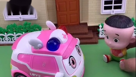 大头想坐小警车回家,但被小警车拒绝了,小警车还要去抓坏人呢