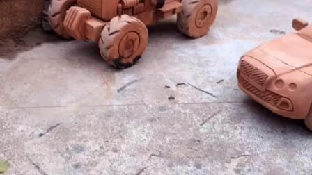 爱玩泥巴😀 喜欢开跑车