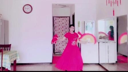 扇子舞《过年了》表演 圆梦