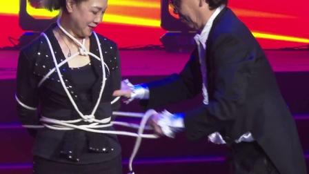 北京魔术师的表演44