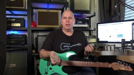 老美介绍日本Master8吉他拨片 这英文相信大部分人能听懂个大概