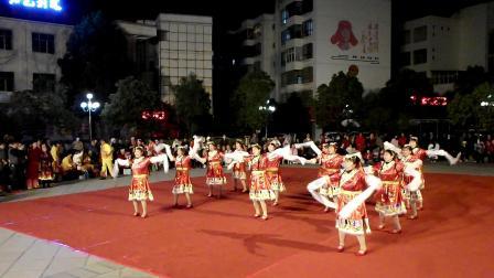 3 . 8节龙泉社区舞蹈队演出节目