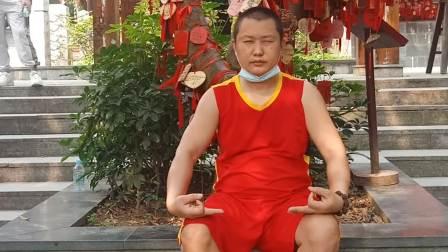 在深圳凤凰山顶选择一个心想事成