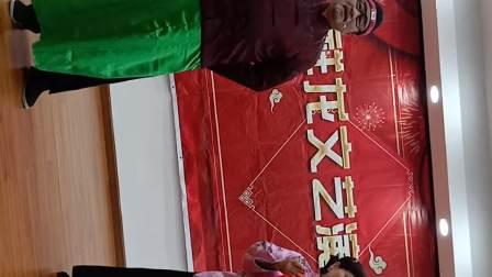 香花桥为老服务中心演出《看龙船》演出人张秀娟.张任进两位老师的精彩表演🌹🌹🌹🌹🌹🌹