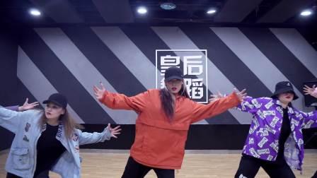 0基础学爵士舞教练班,想当爵士舞老师,郑州哪个舞蹈机构好?