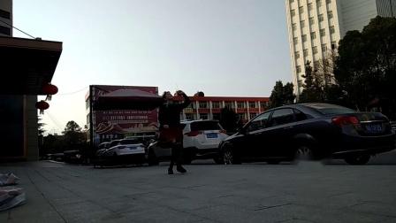 孝感晨练广场舞(两种跳法)《今天是你的生日、中国》