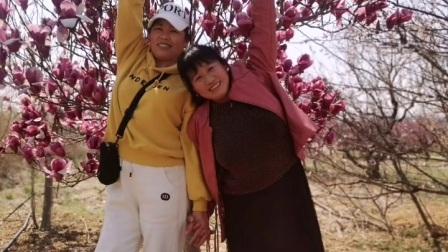 吕芳广场舞随手拍和闺蜜阿珊阿芹《赏梅花》