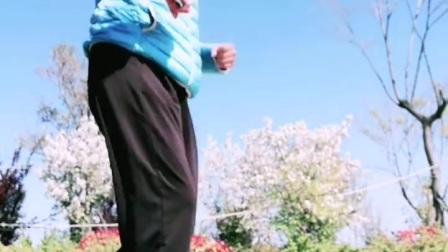 【任如意如意舞】跟着公园的音乐即兴跳
