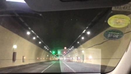 北京最长的高速公路隧道潭峪沟隧道3455m