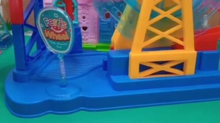 小猪佩奇乔治来玩玩具,不料玩不了,这是怎么回事?
