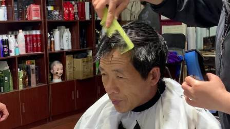 学员第一次剪平头