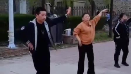 甜甜梦舞蹈队420