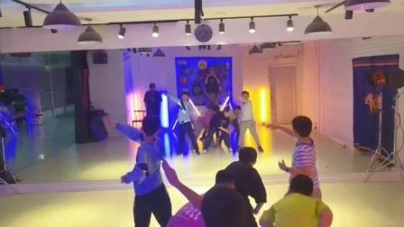 【DP街舞】少儿班排舞进行时~~一起跳舞的孩子越来越有凝聚力