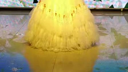 公主岭马丽萍演唱歌曲《我爱你中国》