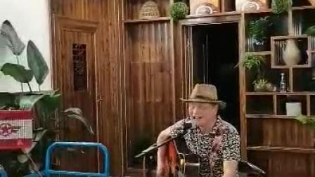 星光大道歌手赖十二弹吉他和吴军合唱《可可托海的牧羊人》
