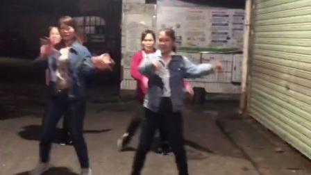 桂林香妹广场舞:《贵州山歌》