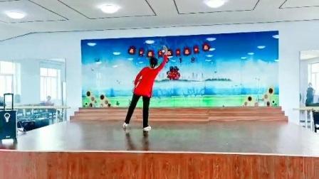 朱老师舞蹈系列······《唱支山歌给党听》背面