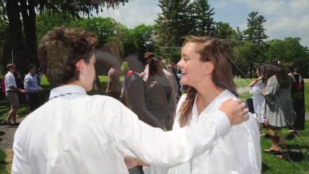 【温彻顿中学】回顾毕业典礼上学生的声乐表演