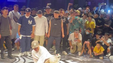 这就是街舞bboy金小根Physicx裁判秀表演