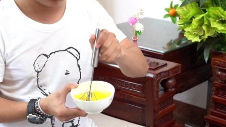 家用打蛋器,现在都在用它来打蛋,快速又省力,好用