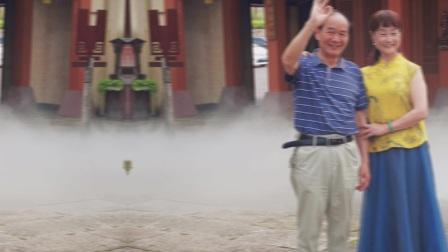 德清县原老年体协阳光艺术团民乐队解散四年后,2021年6月9日重聚二都小镇活动留念照片。