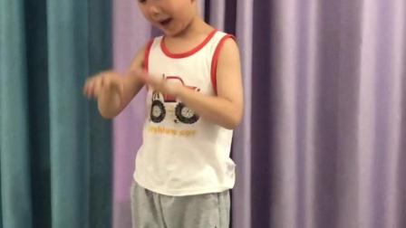 桂林香妹广场舞:端午节安康!祝大家端午节快乐!我的外甥6岁了!棒棒哒!