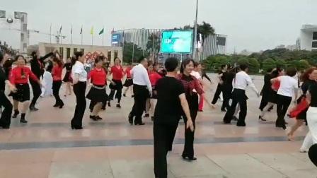 深圳华侨城炫舞飞扬舞蹈队训练2